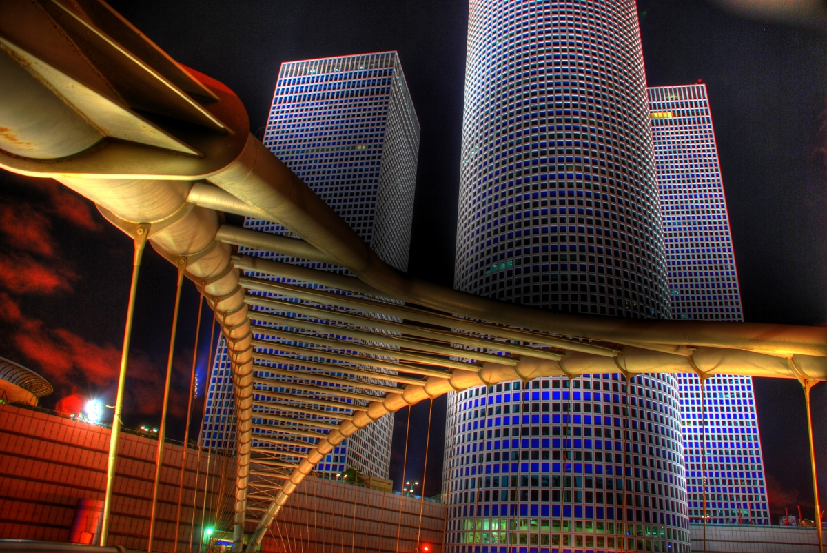 d12_azrieli bridge