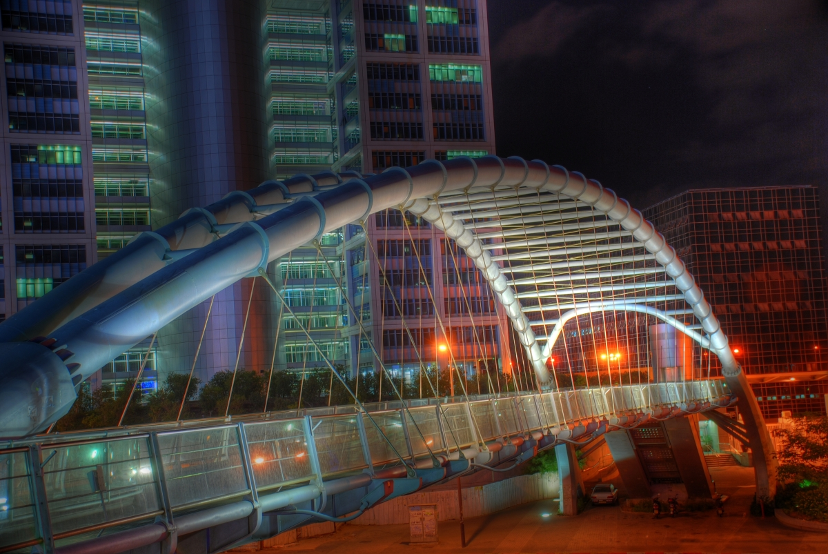 d13_Azrieli Hakiria bridge